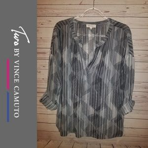 Two by Vince Camuto Blouse | Large